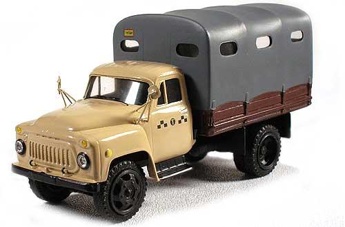 коллекционная модель автомобиля Газ в